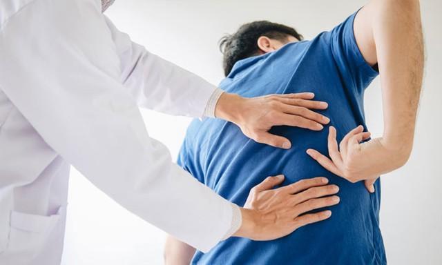 Tiêm steroid điều trị đau lưng – tốt hay xấu? - Ảnh 1.