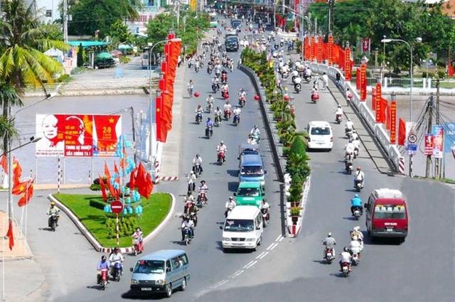 An Giang thực hiện 'giới nghiêm', Phú Thọ tiếp tục phát hiện các chùm lây nhiễm cộng đồng