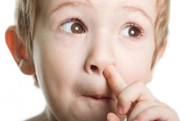 Những thói quen không tốt khiến trẻ bị bệnh tai mũi họng và cách phòng tránh - Ảnh 2.