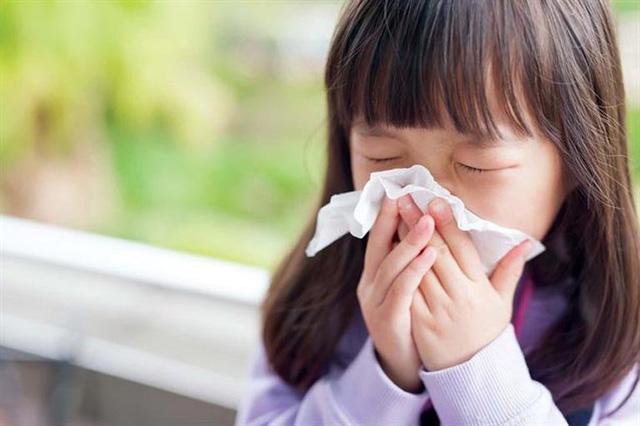 Những thói quen không tốt khiến trẻ bị bệnh tai mũi họng và cách phòng tránh - Ảnh 3.