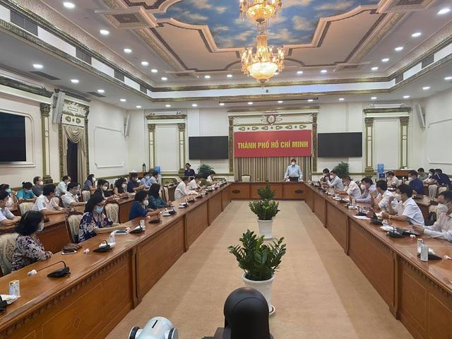 Bộ trưởng Nguyễn Thanh Long kêu gọi hệ thống y tế tư nhân của TP.HCM chung sức chống COVID-19   - Ảnh 2.