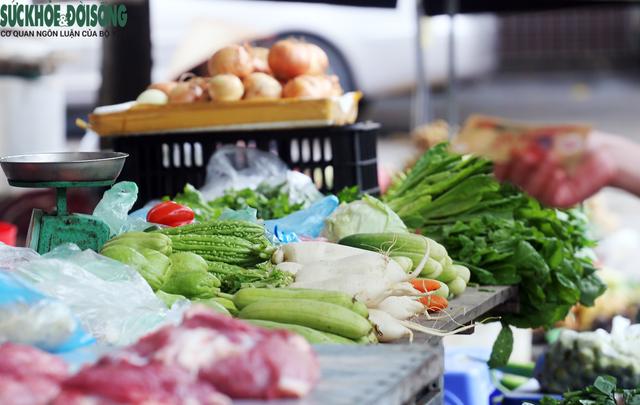 Hàng loạt chợ lưu động được triển khai, người Hà Nội không lo thiếu thực phẩm