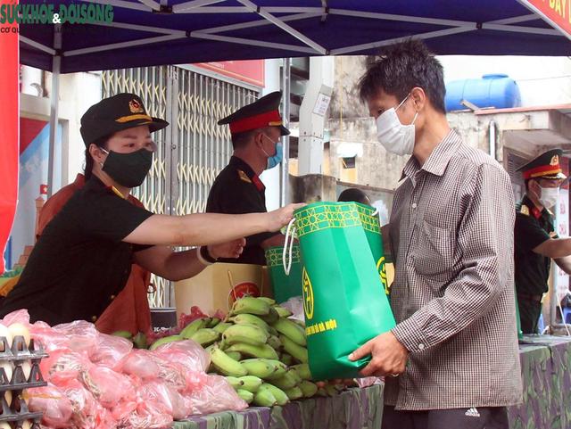 Thủ tướng đề nghị cấp ngay lương thực cho người nghèo, không để bất kỳ ai bị thiếu đói - Ảnh 2.
