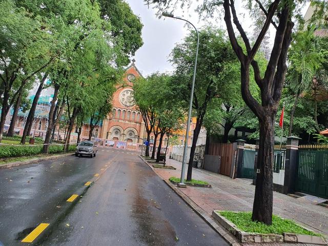 Thư Sài Gòn (số 18): Vâng, tôi là một shipper giữa Sài Gòn tháng 8 - Ảnh 4.