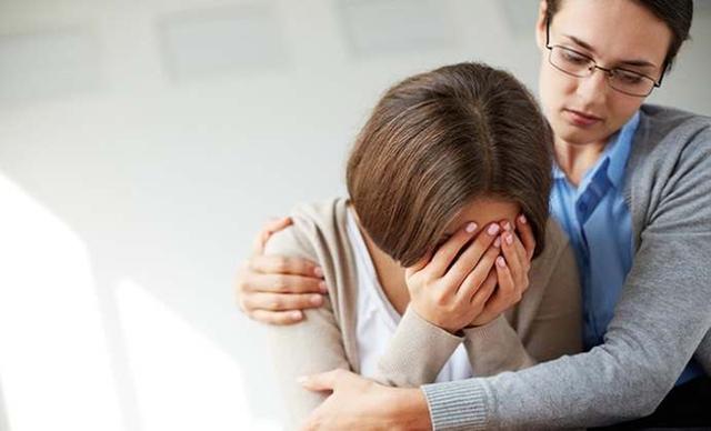 Rối loạn lo âu biểu hiện bằng lo lắng kéo dài, căng thẳng lo lắng quá mức, mặc dù không có hoặc vấn đề rất nhỏ cũng gây lo âu.