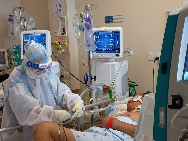Hơn 13.000 cán bộ y tế tham gia chống dịch COVID-19 ở TP Hồ Chí Minh và các tỉnh, thành phía Nam   - Ảnh 4.