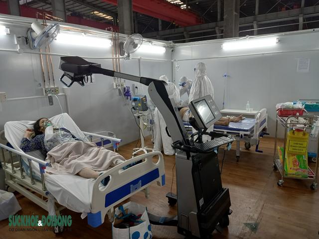 BV Bạch Mai: Dốc cả tâm lực điều trị cho bệnh nhân COVID-19 nặng  - Ảnh 2.