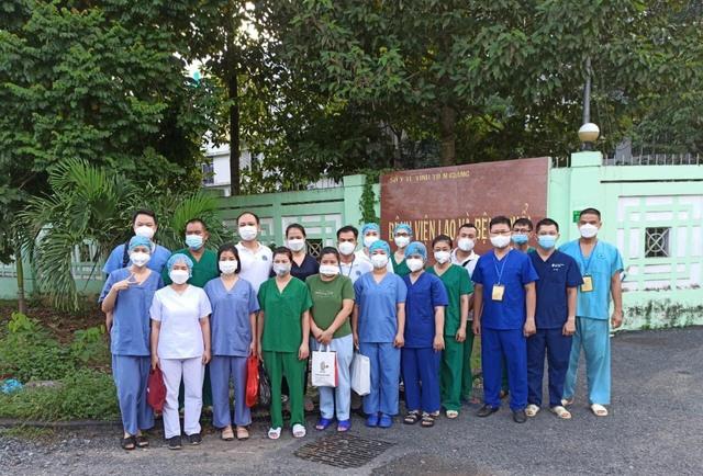 Trung tâm hồi sức tích cực thứ 2 điều trị bệnh nhân COVID-19 tại Tiền Giang đi vào hoạt động - Ảnh 4.