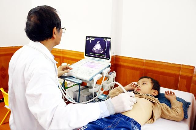 Cảnh giác với viêm loét dạ dày do vi khuẩn HP ở trẻ - Ảnh 3.