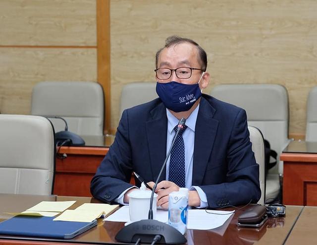 Trưởng Đại diện WHO: Việt Nam đi đúng hướng trong ứng phó với COVID-19   - Ảnh 4.