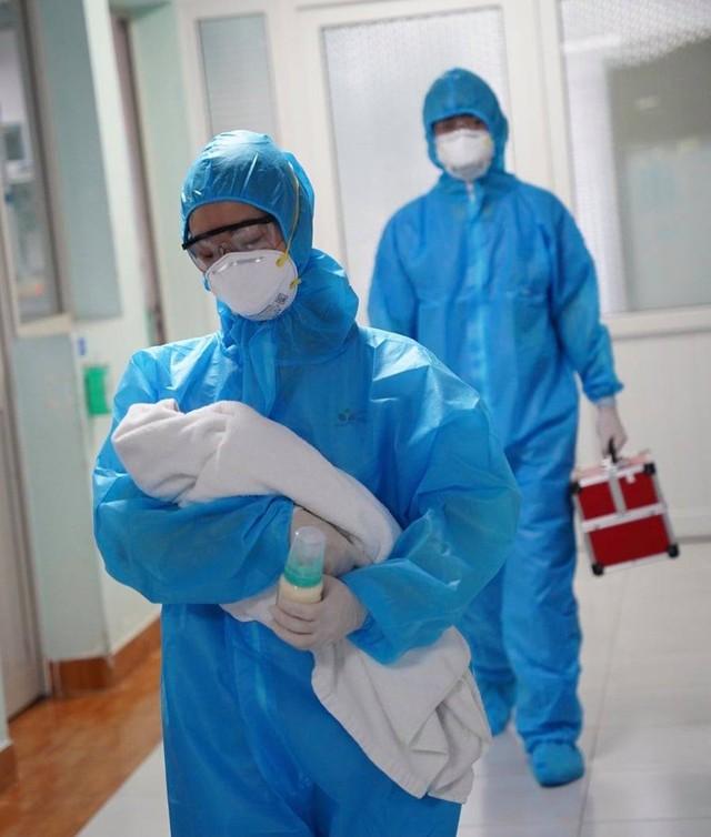 Khoảng 5% ca mắc COVID-19 ở Hà Nội là trẻ em, chuyên gia khuyến cáo cách bảo vệ trẻ - Ảnh 3.