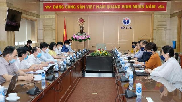 Trưởng Đại diện WHO: Việt Nam đi đúng hướng trong ứng phó với COVID-19   - Ảnh 1.