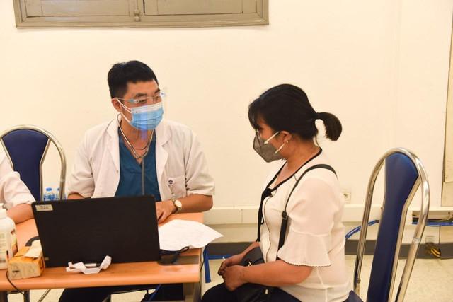 Ung thư vòm họng -  dấu hiệu nào để phát hiện sớm? - Ảnh 4.