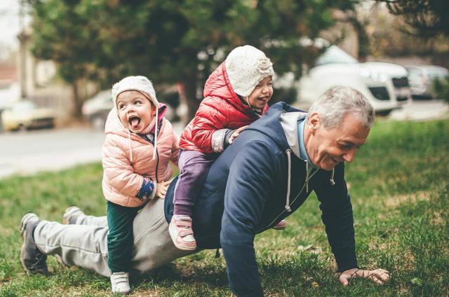 4 lời khuyên cho người cao tuổi để duy trì tập thể dục có lợi cho sức khỏe - Ảnh 1.