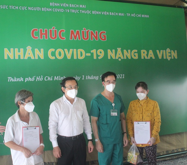 Minh chứng sinh động cho bệnh nhân COVID-19 nguy kịch được chữa khỏi - Ảnh 2.
