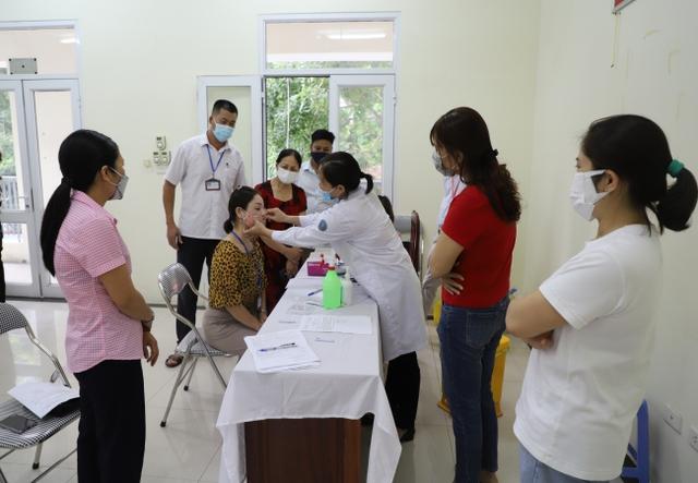 Ghi nhận 3 ca cộng đồng, Bắc Ninh kích hoạt biện pháp phòng, chống dịch ở mức cao nhất - Ảnh 3.