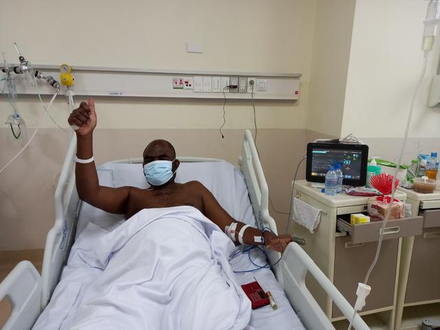 """Người nước ngoài mắc COVID-19 nặng: """"Y bác sĩ Việt Nam đã hồi sinh cuộc đời tôi"""" - Ảnh 4."""