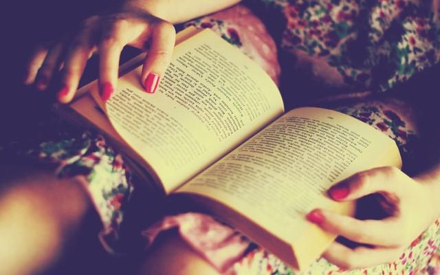 Tại sao nhiều người có thể cảm thấy khó đọc sách hơn trong thời kỳ COVID-19? - Ảnh 2.