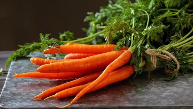 8 vitamin cần cho đôi mắt sáng khỏe - Ảnh 3.