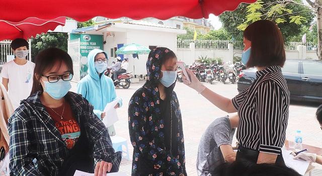 """Các quận huyện Hà Nội """"nước rút"""" tiêm vaccine COVID-19 - Ảnh 4."""