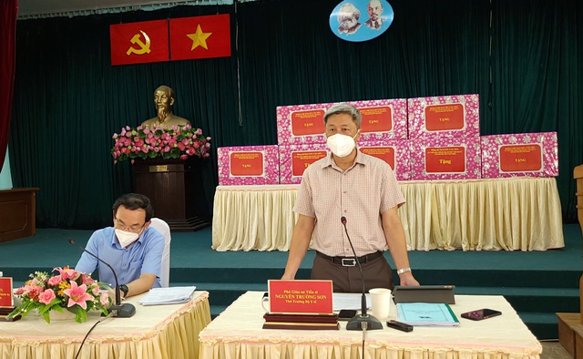 """Thứ trưởng Bộ Y tế Nguyễn Trường Sơn chỉ ra 4 nhiệm vụ phải làm nếu muốn huyện Cần Giờ """"sạch"""" COVID-19 sau 15/9 - Ảnh 2."""