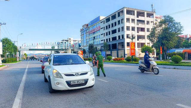 Bắc Giang qua 10 ngày không phát sinh ca cộng đồng, hơn 22% dân số đã tiêm vaccine phòng COVID-19 - Ảnh 1.