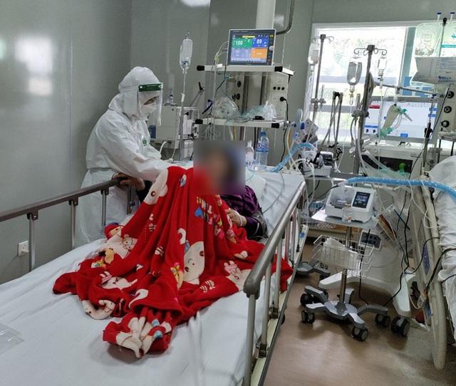 Nữ điều dưỡng F0 khỏi bệnh xin ở lại chăm sóc bệnh nhân  - Ảnh 4.