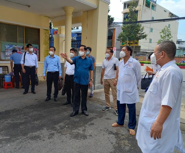 Bộ Y tế giám sát để ngăn chặn dịch COVID-19 tại hai cơ sở chăm sóc bệnh nhân tâm thần ở Đồng Nai - Ảnh 3.