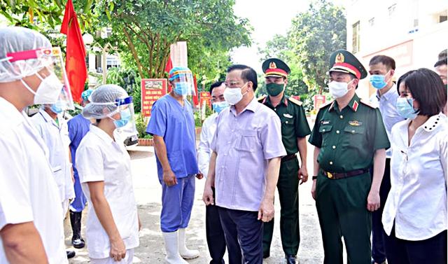 Bí thư Thành ủy: Hà Nội mãi ghi nhớ sự giúp đỡ, hỗ trợ của 12 tỉnh, thành phố - Ảnh 2.