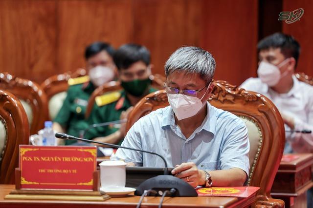 Thứ trưởng Bộ Y tế Nguyễn Trường Sơn: Tiền Giang cần tập trung 6 nhóm vấn đề để kiểm soát dịch COVID-19 - Ảnh 2.