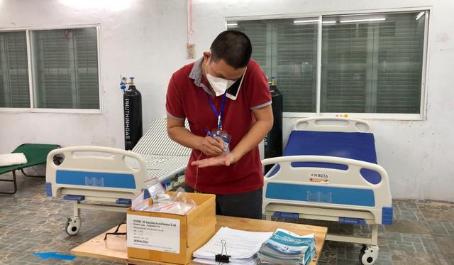 TP Hồ Chí Minh: Sáng đèn 24/24, Trạm Y tế lưu động quyết tâm thu hẹp vùng đỏ, mở rộng vùng xanh - Ảnh 2.