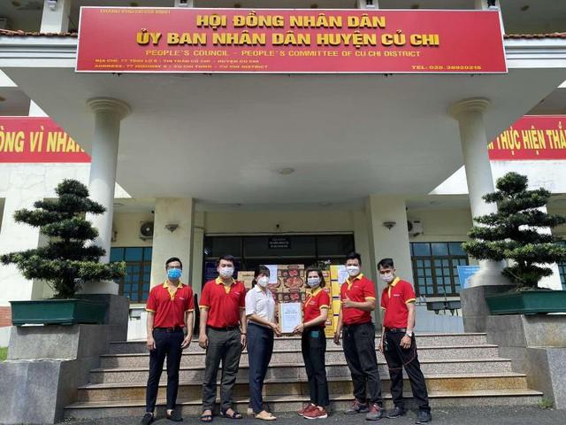 Ấm lòng mùa dịch: Tập đoàn Masan tiếp sức 150.000 hộp sữa đến bệnh nhân COVID-19 tại Thành phố Hồ Chí Minh - Ảnh 2.