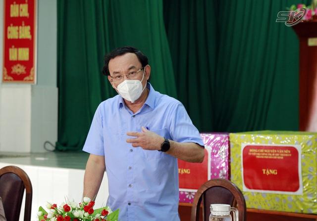 Bí thư Thành ủy TP Hồ Chí Minh: Các thầy thuốc là ân nhân của TP Hồ Chí Minh - Ảnh 1.
