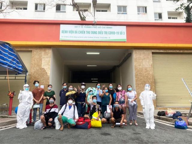 Bệnh nhân được xuất viện tại Bệnh viện dã chiến số 3