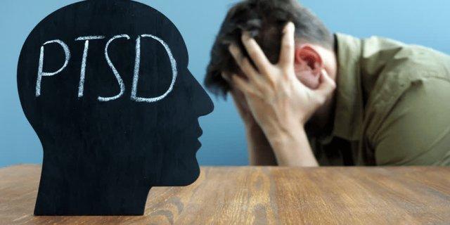 Rối loạn stress sau sang chấn tâm lý (PTSD) có thể gây ra mất ngủ
