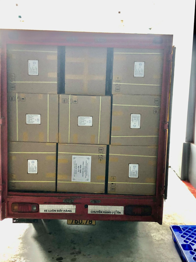 Cận cảnh các thùng kit test kháng nguyên chuẩn bị bàn giao cho tỉnh Tiền Giang.