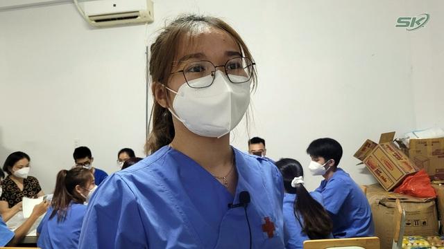 Thầy thuốc trẻ trong khu cách ly tập trung và mong muốn có một Tết Trung thu ấm áp nơi tâm dịch - Ảnh 4.