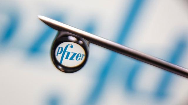 Pfizer thử nghiệm giai đoạn 2/3 thuốc uống ngừa COVID-19 - Ảnh 1.