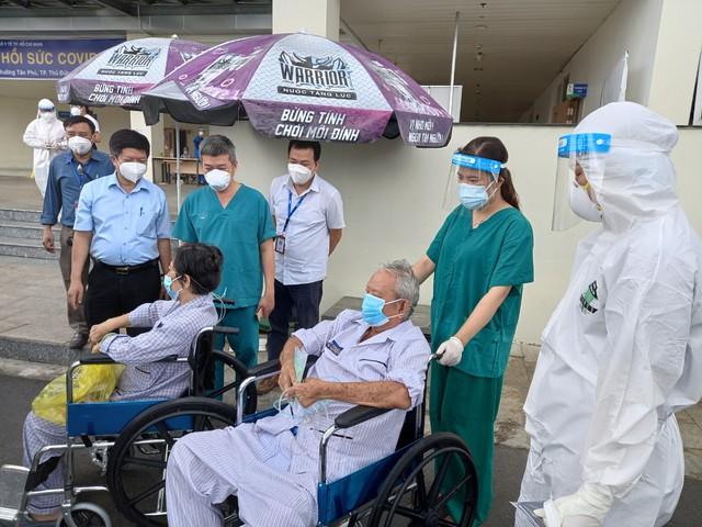 Bệnh viện Hồi sức COVID-19 TP.HCM: Gần 800 giường hoạt động, ca tử vong giảm mạnh - Ảnh 4.