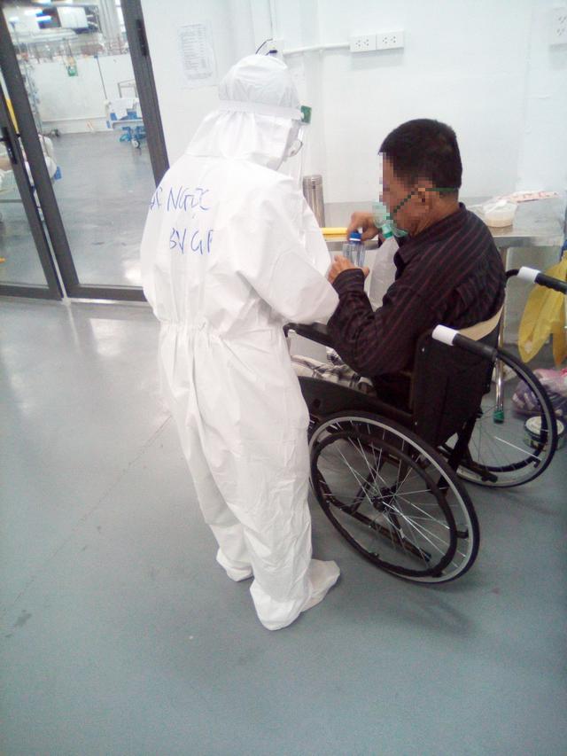 Chuỗi ngày sát cánh cùng bệnh nhân COVID-19 tại TP. Hồ Chí Minh của bác sĩ, nhân viên y tế Quảng Bình - Ảnh 5.