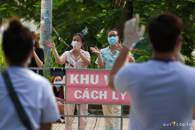 Ca sĩ Nguyễn Phi Hùng: Y bác sĩ, bệnh nhân COVID-19 chính là người truyền động lực cho mình - Ảnh 4.