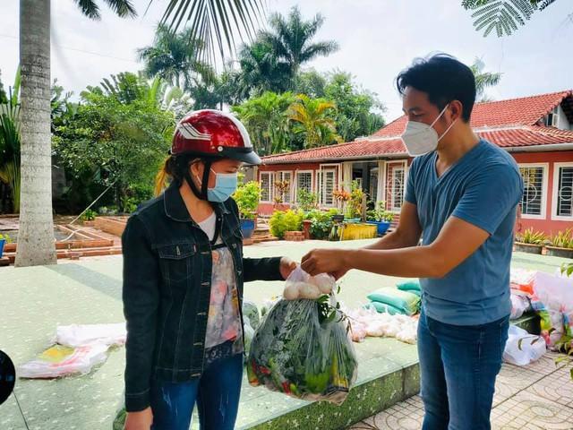 Ca sĩ Nguyễn Phi Hùng: Y bác sĩ, bệnh nhân COVID-19 chính là người truyền động lực cho mình - Ảnh 2.