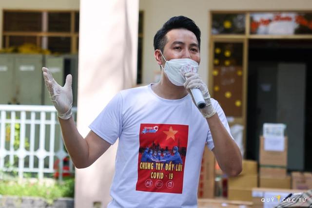 Ca sĩ Nguyễn Phi Hùng: Y bác sĩ, bệnh nhân COVID-19 chính là người truyền động lực cho mình - Ảnh 8.