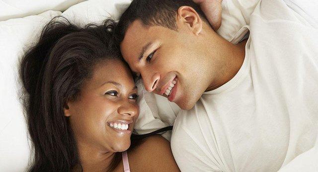 Có nên quan hệ tình dục trong kỳ kinh nguyệt? - Ảnh 2.