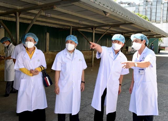Nhiều bệnh nhân COVID-19 nặng, nguy kịch đã được Bệnh viện HNĐK Nghệ An cứu sống   - Ảnh 1.