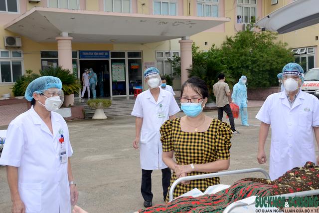 Nhiều bệnh nhân COVID-19 nặng, nguy kịch đã được Bệnh viện HNĐK Nghệ An cứu sống   - Ảnh 7.