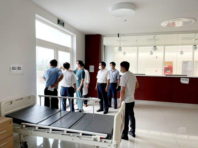 Bệnh viện Bạch Mai khảo sát, chuẩn bị thiết lập Trung tâm hồi sức tích cực quốc gia đặt tại Hà Nam - Ảnh 1.