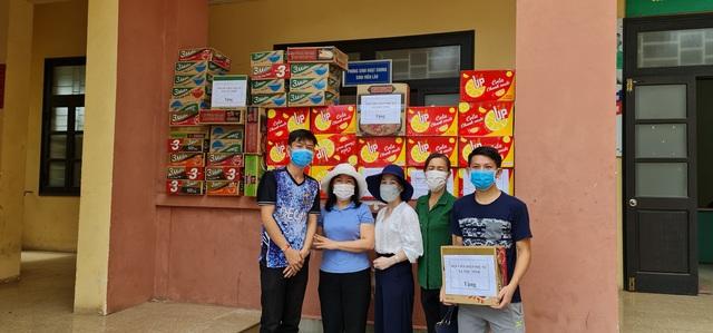 Lưu học sinh Lào sống trong sự yêu thương của nhà trường và mạnh thường quân Việt Nam trong mùa dịch - Ảnh 5.