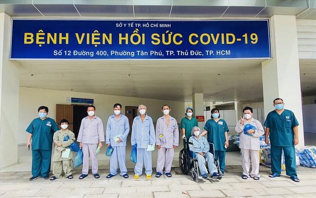 Bệnh viện hồi sức COVID-19, tỷ lệ bệnh nhân tử vong giảm 50% - Ảnh 2.
