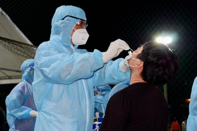 Bộ trưởng Bộ Y tế: Lực lượng y tế đã quyết tâm thực hiện tốt sứ mệnh và trọng trách của người thầy thuốc - Ảnh 4.